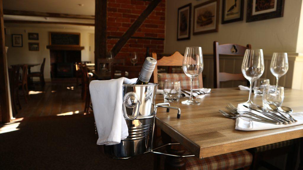 The Cartwheel Inn Dining