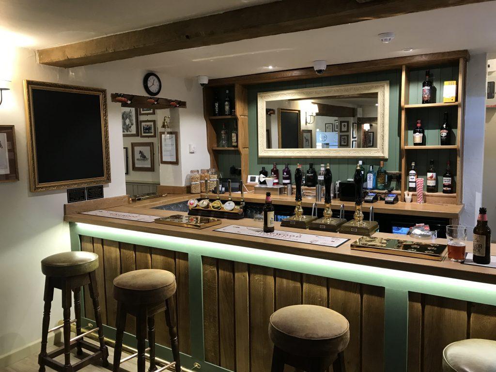 The Cartwheel Inn Bar
